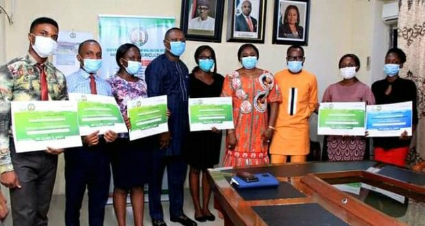 Jubilation As Glory Edet grants scholarships to A'Ibom Medical Students